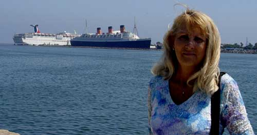 Sharon & Queen Mary